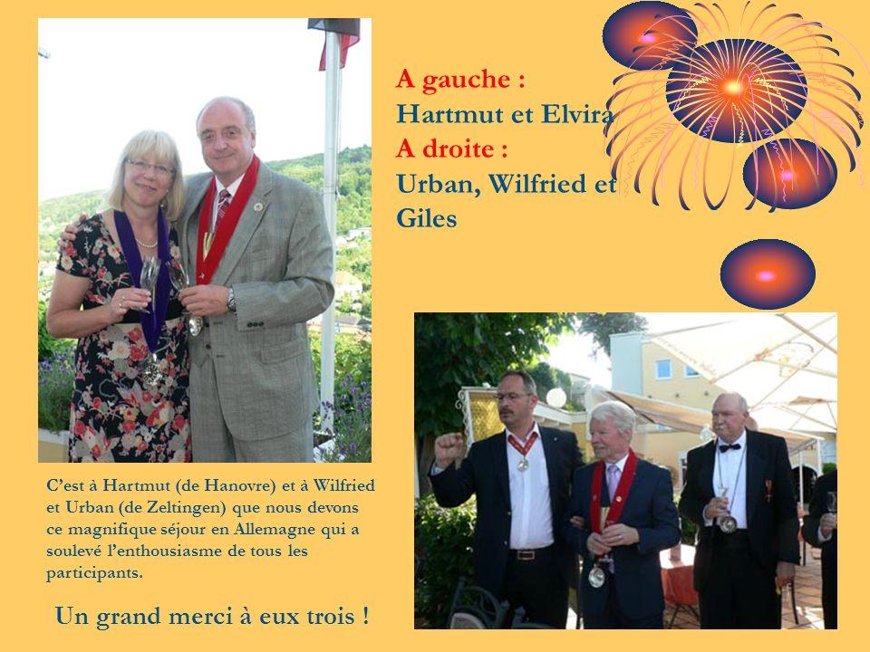 A gauche : Hartmut et Elvira A droite : Urban, Wilfried et Giles C'est à Hartmut (de Hanovre) et à Wilfried et Urban (de Zeltingen) que nous devons ce