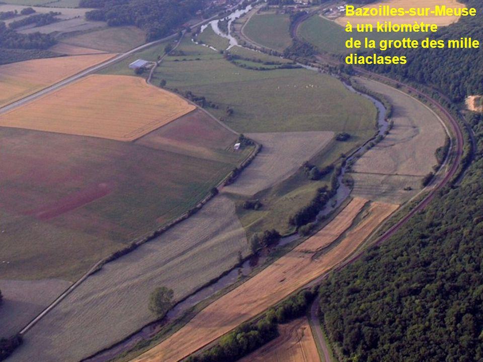 Bazoilles-sur-Meuse à un kilomètre de la grotte des mille diaclases
