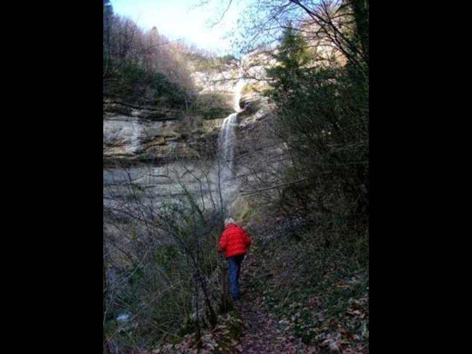 En deux fois, la chute fait 50 mètres.