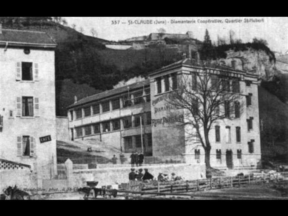 La diamanterie, fondée en 1897 par REFFAY, FOURNIER et Cie devint par la suite la coopérative ouvrière « Le Diamant ». La taille des bâtiments laisse
