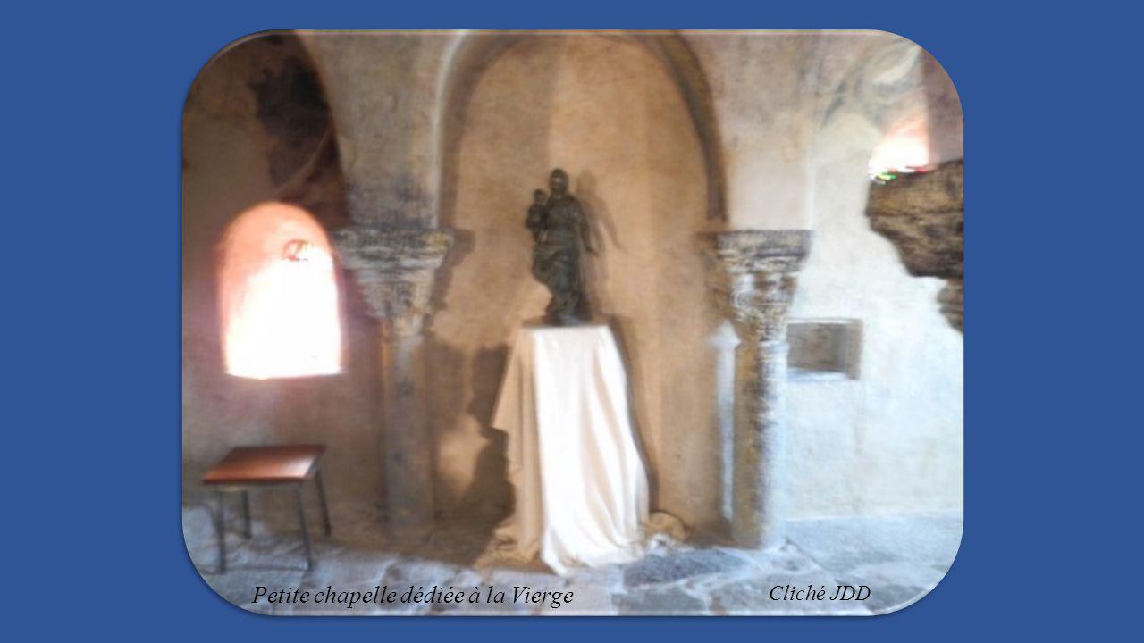 autre peintures de la chapelle : Evêque, le cycle des rois Mages, voûte du chœur, les femmes, La main de Dieu