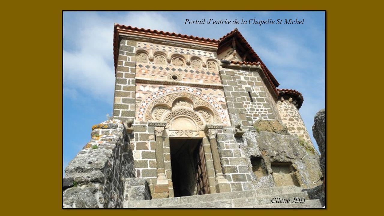 Cliché JDD Portail d'entrée de la Chapelle St Michel