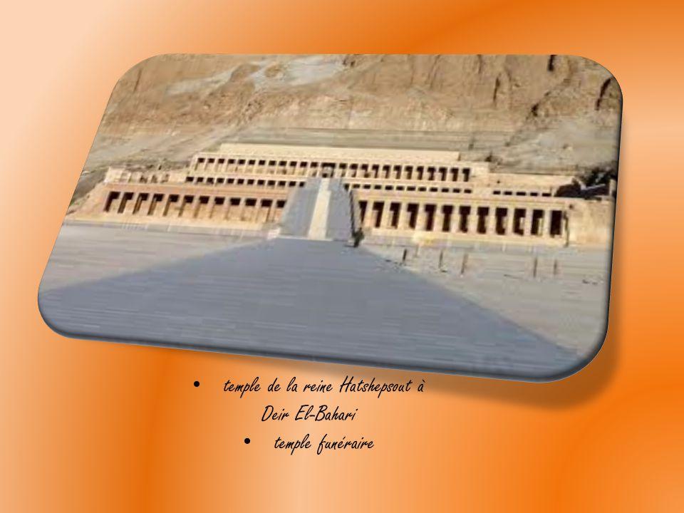 La construction d'un temple É gyptien