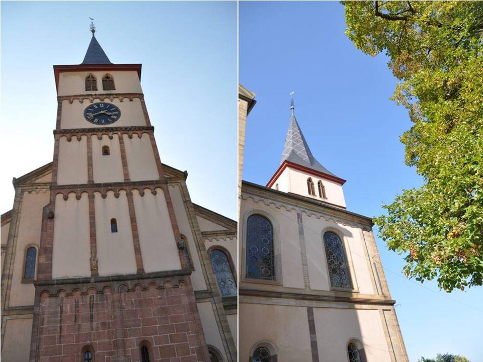 Église protestante Saint MARTIN Tour romane du XIIème siècle Monument le plus ancien de BARR Assurait une fonction religieuse et défensive