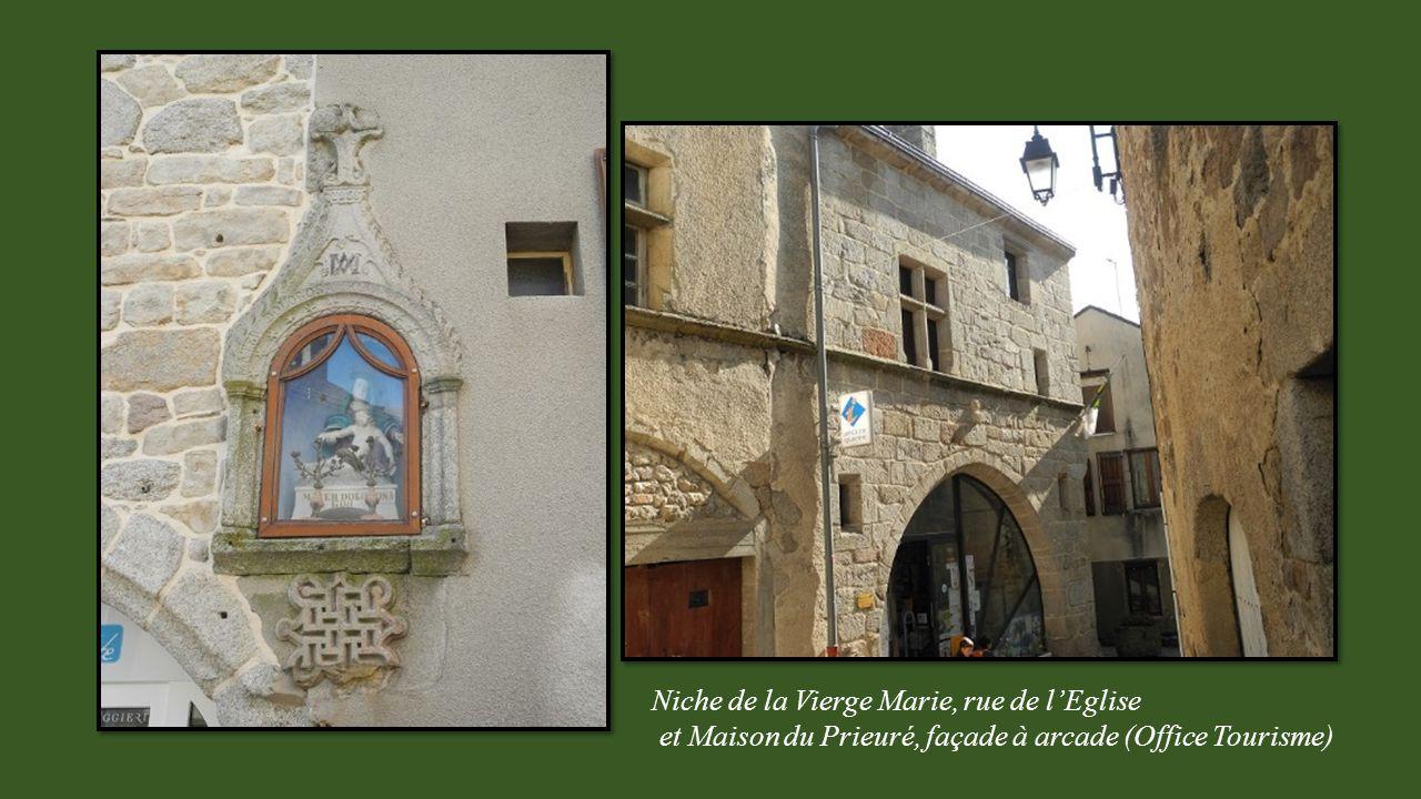 Mur et tour d'enceinte, rue du Vieux moulin pont sur la rivière et fontaine des Aniers