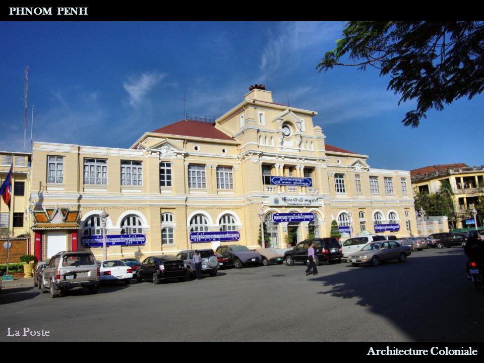 Architecture Coloniale Hôtel Le Royal PHNOM PENH