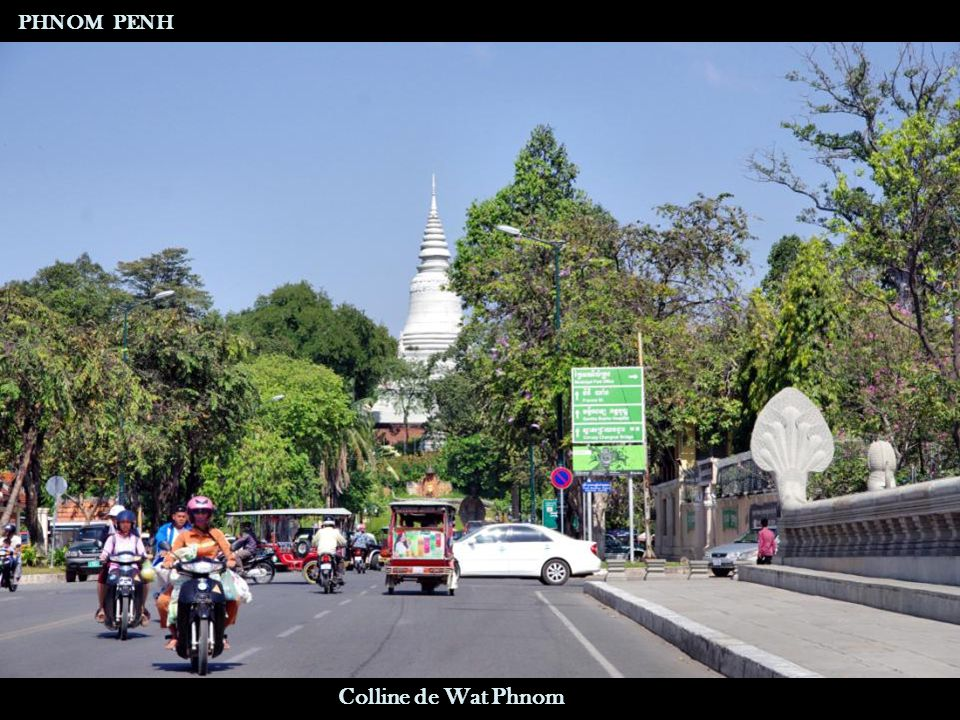 Prières - Offrandes Boulevard Sisowath PHNOM PENH