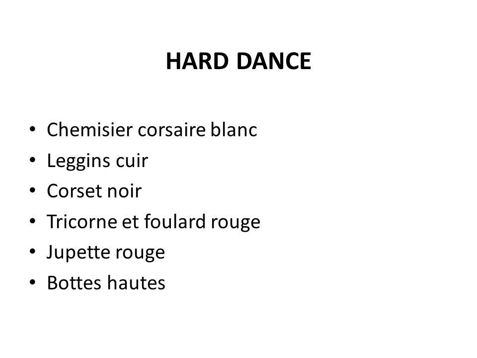 HARD DANCE Chemisier corsaire blanc Leggins cuir Corset noir Tricorne et foulard rouge Jupette rouge Bottes hautes
