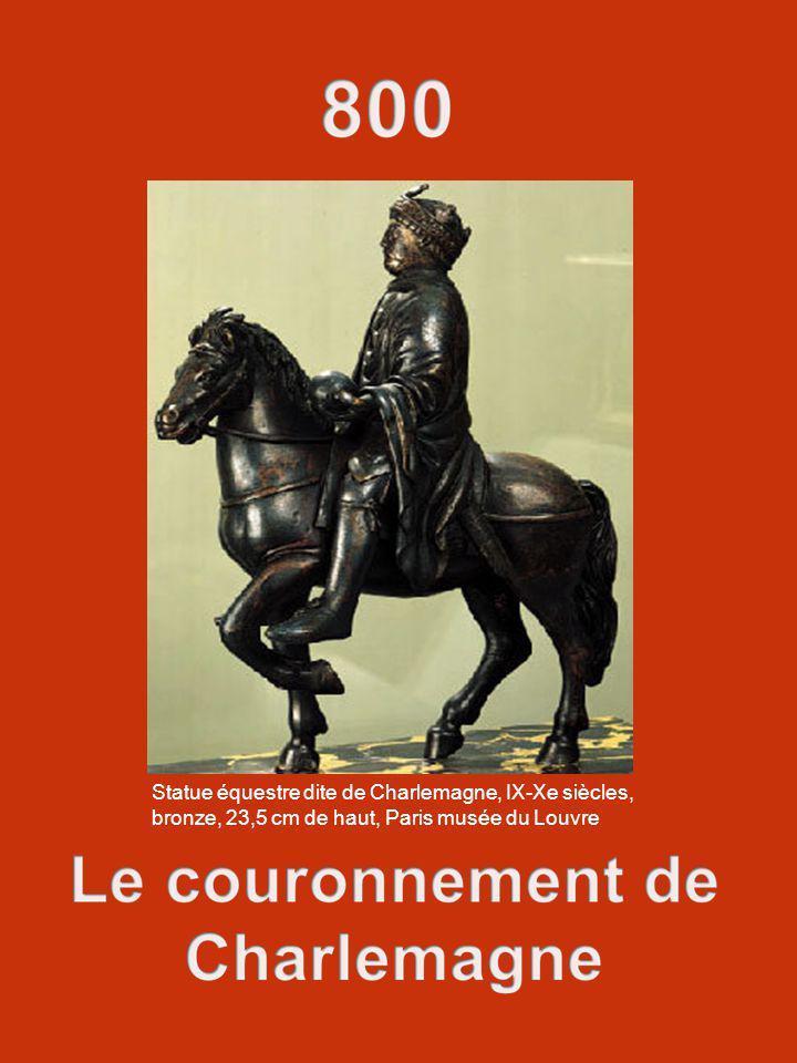 Statue équestre dite de Charlemagne, IX-Xe siècles, bronze, 23,5 cm de haut, Paris musée du Louvre