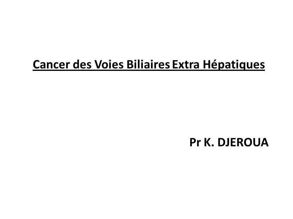 Cancer des Voies Biliaires Extra Hépatiques VI/ TRAITEMENT : * Chirurgie Curative : Cancer de la voie biliaire principale : Cancers du tiers moyen : Techniques d'exérèse : Plutôt qu'une exérèse palliative, il serait préférable de réaliser une duodéno-pancréatectomie céphalique ou une résection de la convergence biliaire en fonction de l'extension.
