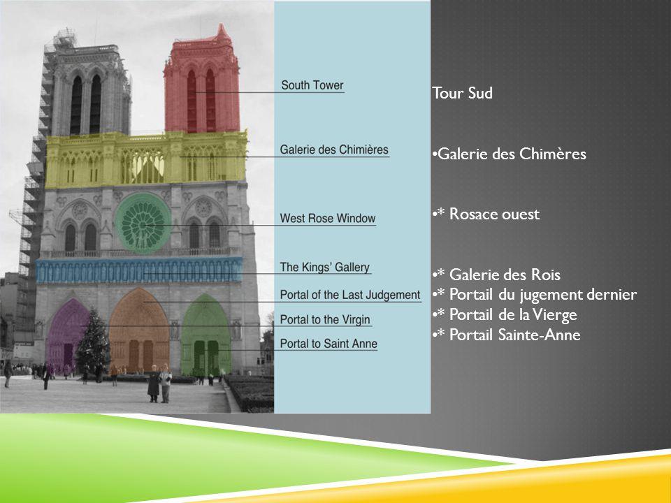 Sa façade est le prototype français, en forme de H, contenant deux tours reliées par une galerie.