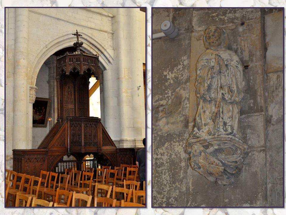 En juin 1420, Saint Jean au Marché abrite le mariage du roi d'Angleterre Henri V avec Catherine de France, fille de Charles VI et d'Isabeau de Bavière