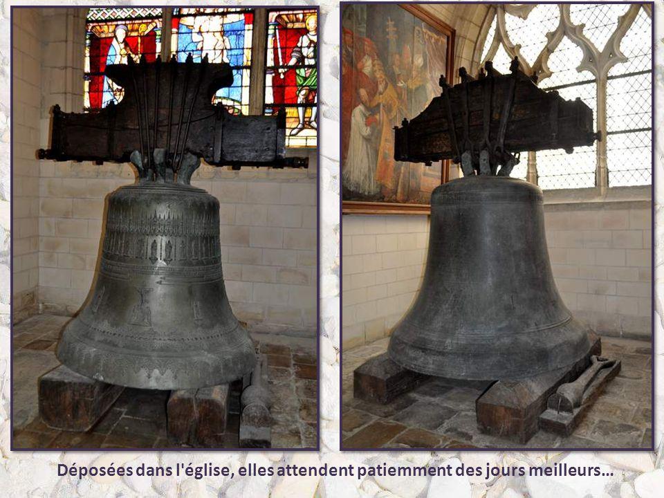 L'église Saint-Jean-l'Évangéliste est située ici au IXe siècle : Louis le Bègue y aurait été sacré roi de France par le pape Jean VII. Détruite vers 8