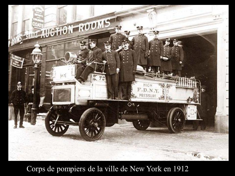 Corps de pompiers de la ville de New York en 1912