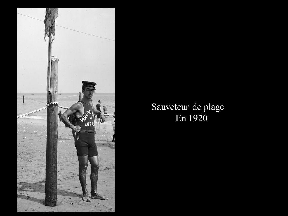 Sauveteur de plage En 1920