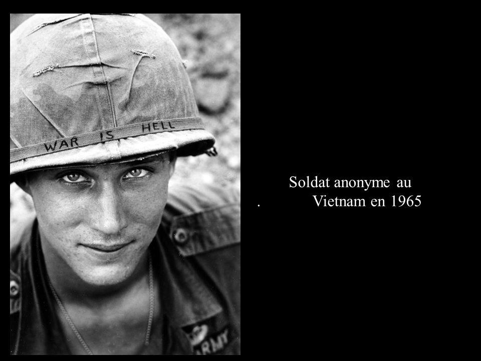 Soldat anonyme au. Vietnam en 1965