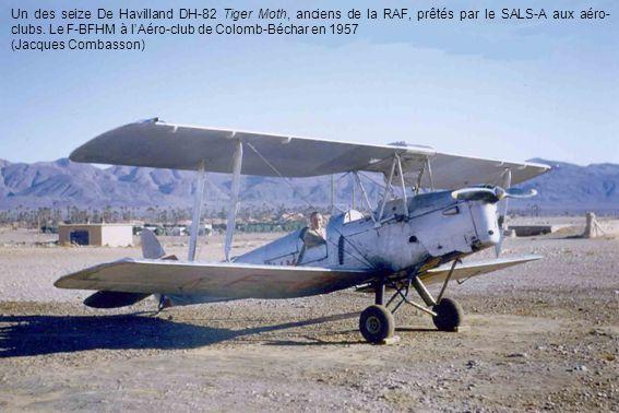 Un des seize De Havilland DH-82 Tiger Moth, anciens de la RAF, prêtés par le SALS-A aux aéro- clubs. Le F-BFHM à l'Aéro-club de Colomb-Béchar en 1957
