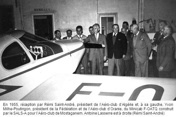 En 1955, réception par Rémi Saint-André, président de l'Aéro-club d'Algérie et, à sa gauche, Yvon Milhe-Poutingon, président de la Fédération et de l'
