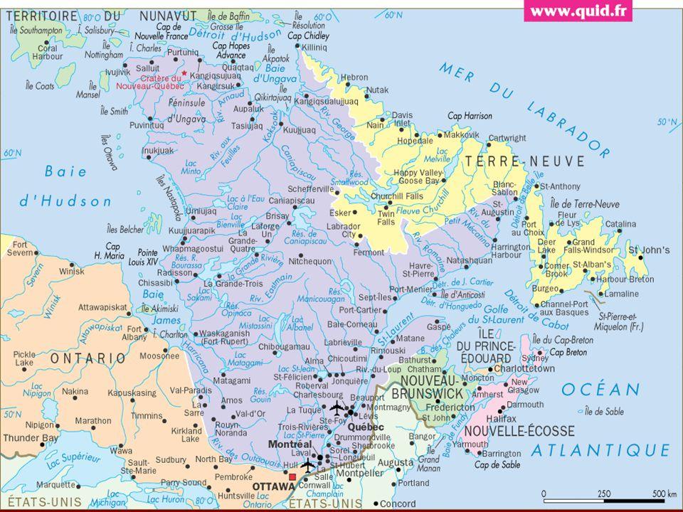 Le 23 juillet 1967, le général Charles de Gaule débarqua à Québec en provenance d'un navire de guerre français pour un voyage de quelques jours au Québec.