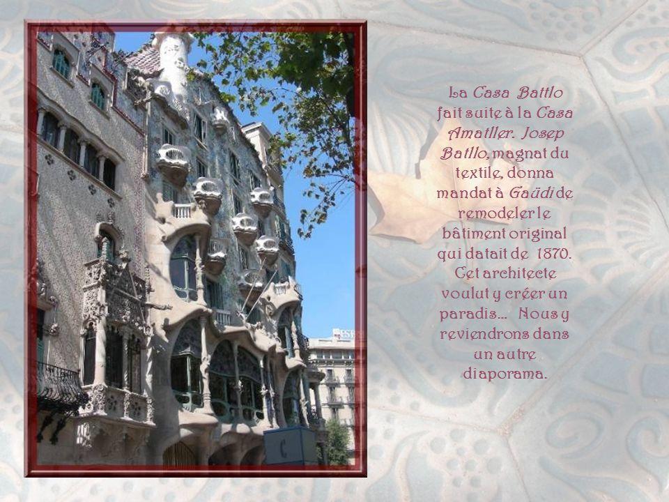 En 1898, Antoni Amatller, riche collectionneur de verres anciens et photographies amateur, décida de faire transformer un immeuble récemment acheté.