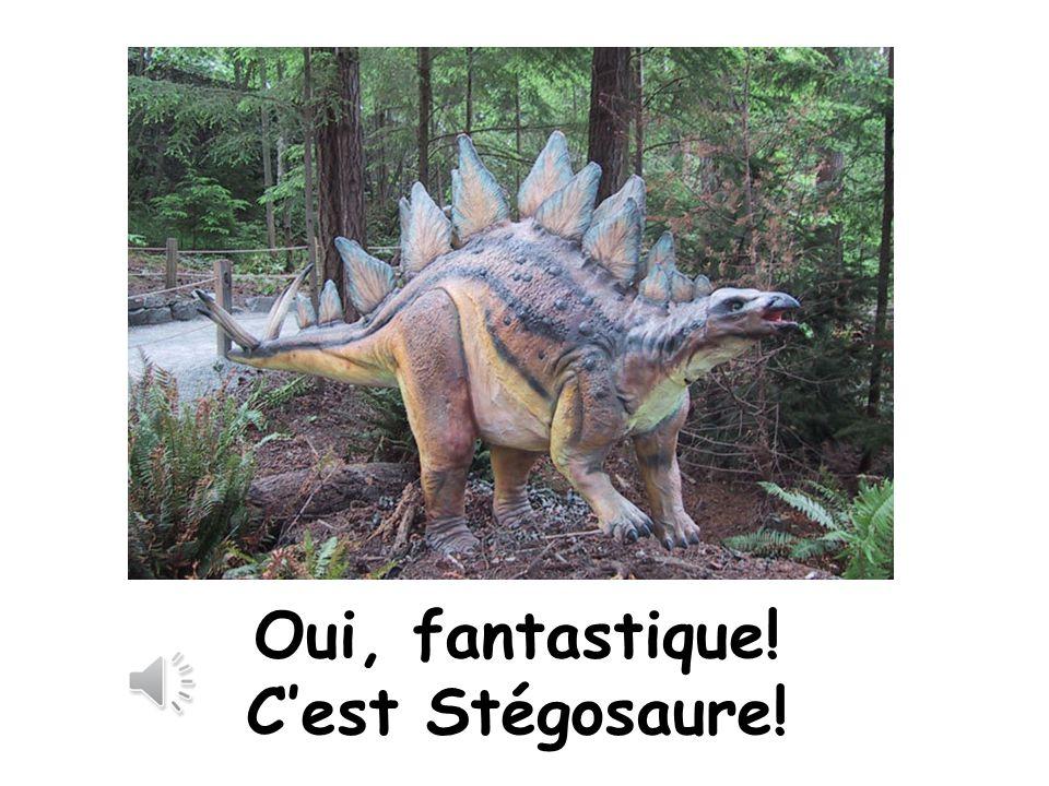 Quiz! 9. Le chien est déguisé en quel dinosaure? Ouaf!