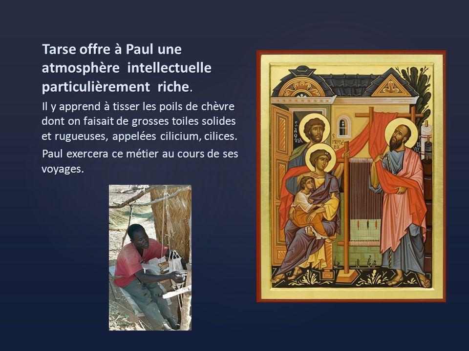 Entre 20 et 25, Paul étudie à Jérusalem auprès de Gamaliel.