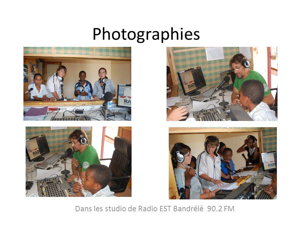 Photographies Dans les studio de Radio EST Bandrélé 90.2 FM