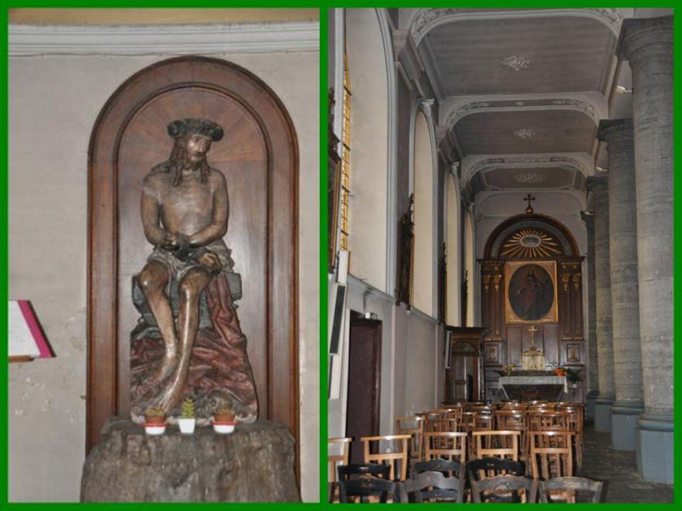 Paroisse Saint Jean Bosco : Celle-ci n'a guère changé depuis 1828.elle est construite sur le plan basilical antique terminé par une abside semi – circulaire de 5 mètres de rayon.