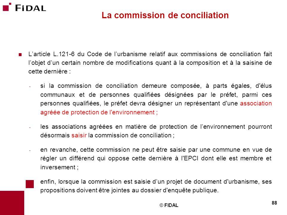  L'article L.121-6 du Code de l'urbanisme relatif aux commissions de conciliation fait l'objet d'un certain nombre de modifications quant à la compos