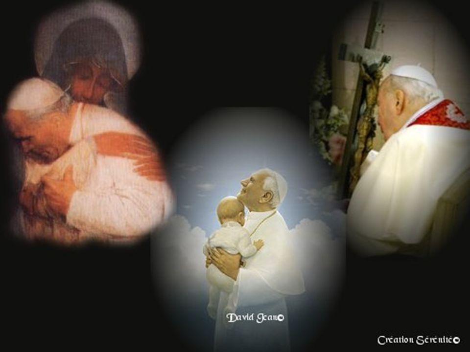 Le Pape a besoin de nos prières.