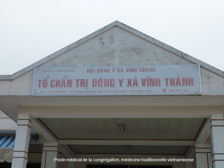 33 Poste médical de la congrégation, médecine traditionnelle vietnamienne