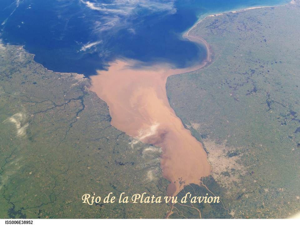 Rio de la Plata vu d avion