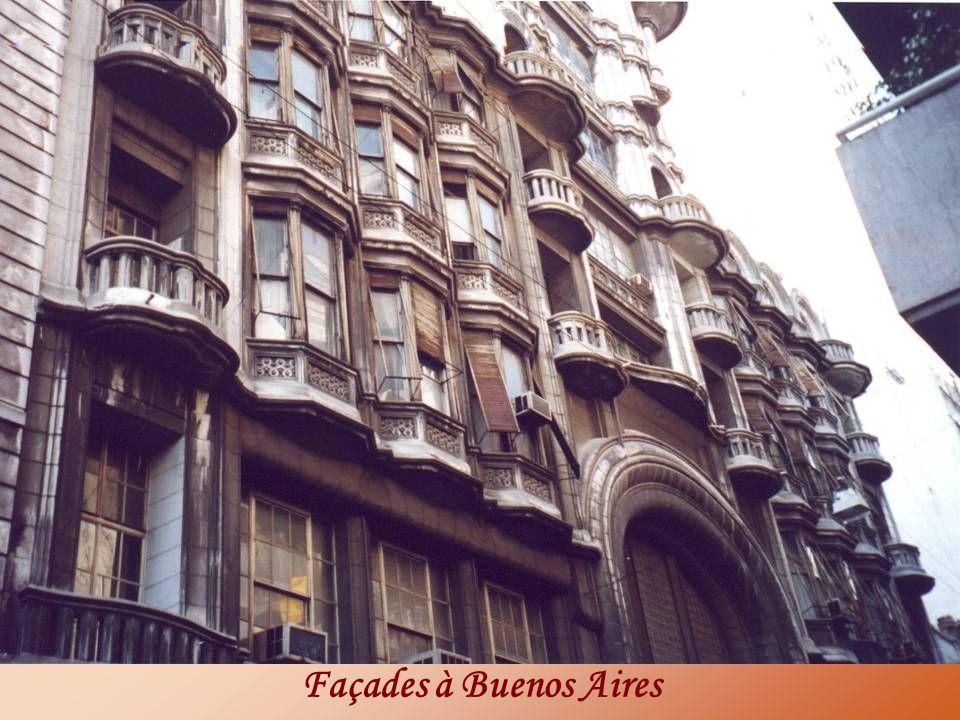 Façades à Buenos Aires