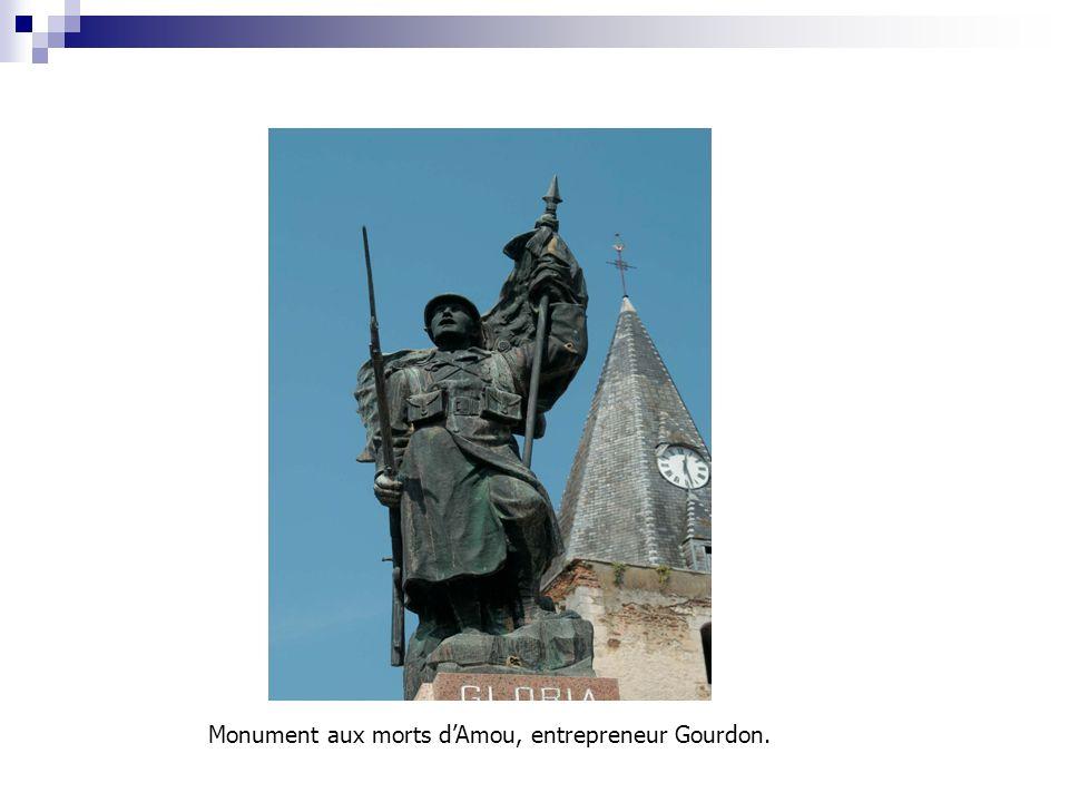 Monument aux morts d'Amou, entrepreneur Gourdon.