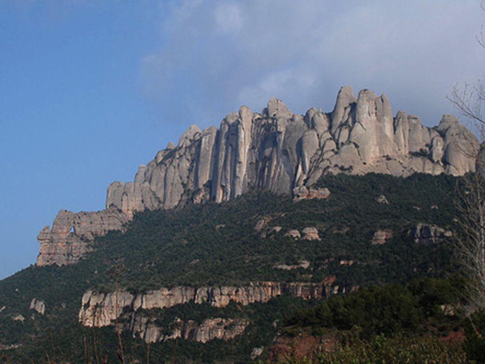 Géologie du massif À l'Éocène supérieur et à l'Oligocène inférieur, il y a eu dans la région de grandes quantités de dépôts sédimentaires continentaux