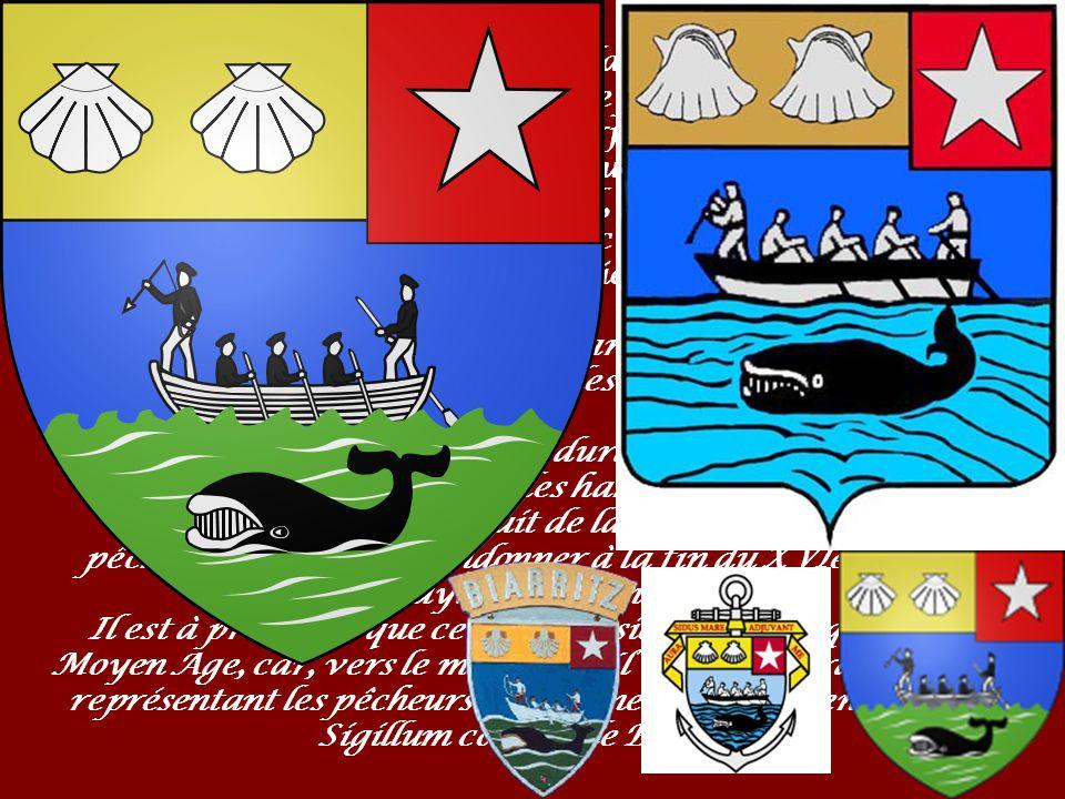 Les Armes de la Ville D azur, à la barque montée par cinq hommes, dont deux s apprêtent à harponner une baleine qui plonge dans les flots, le tout au naturel ; au chef d or, à trois coquilles au naturel, celle de senestre disparaissant sous un franc canton de gueules à l étoile d argent.