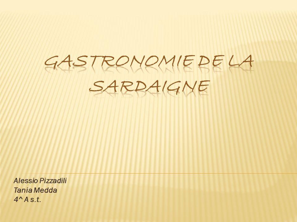 Gastronomie de la Sardaigne Le porceddu est un cochon de lait entier, parfumé à la myrte et au laurier, cuit au four ou à la braise dans un trou recouvert de terre.