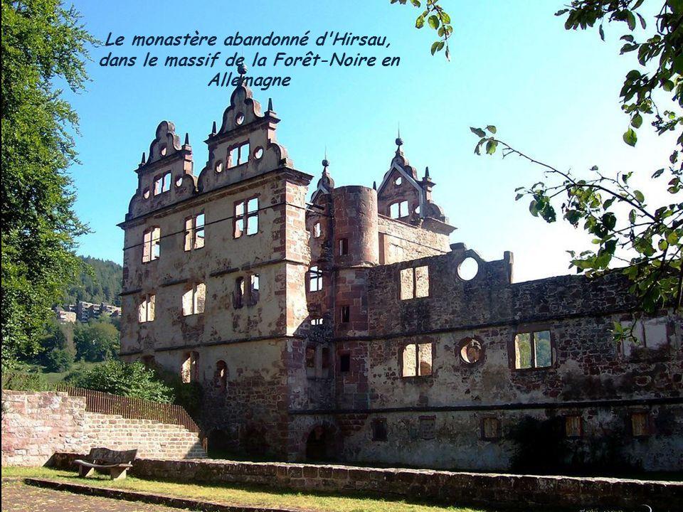 Le monastère abandonné d'Hirsau, dans le massif de la Forêt-Noire en Allemagne