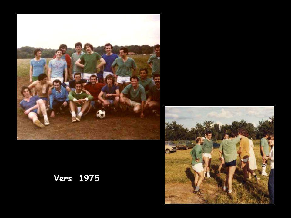 Vers 1975