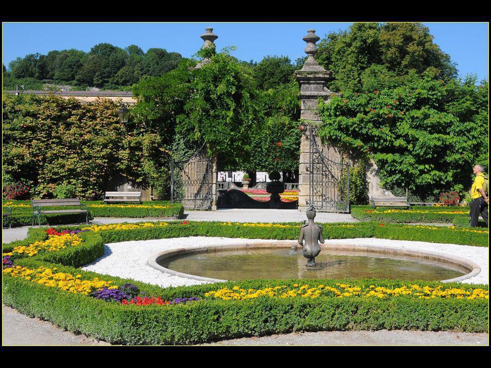 Le palais et les jardins Mirabell