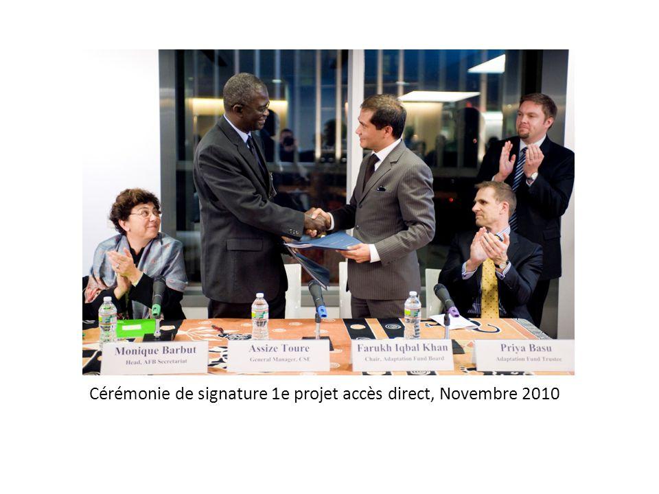 Cérémonie de signature 1e projet accès direct, Novembre 2010