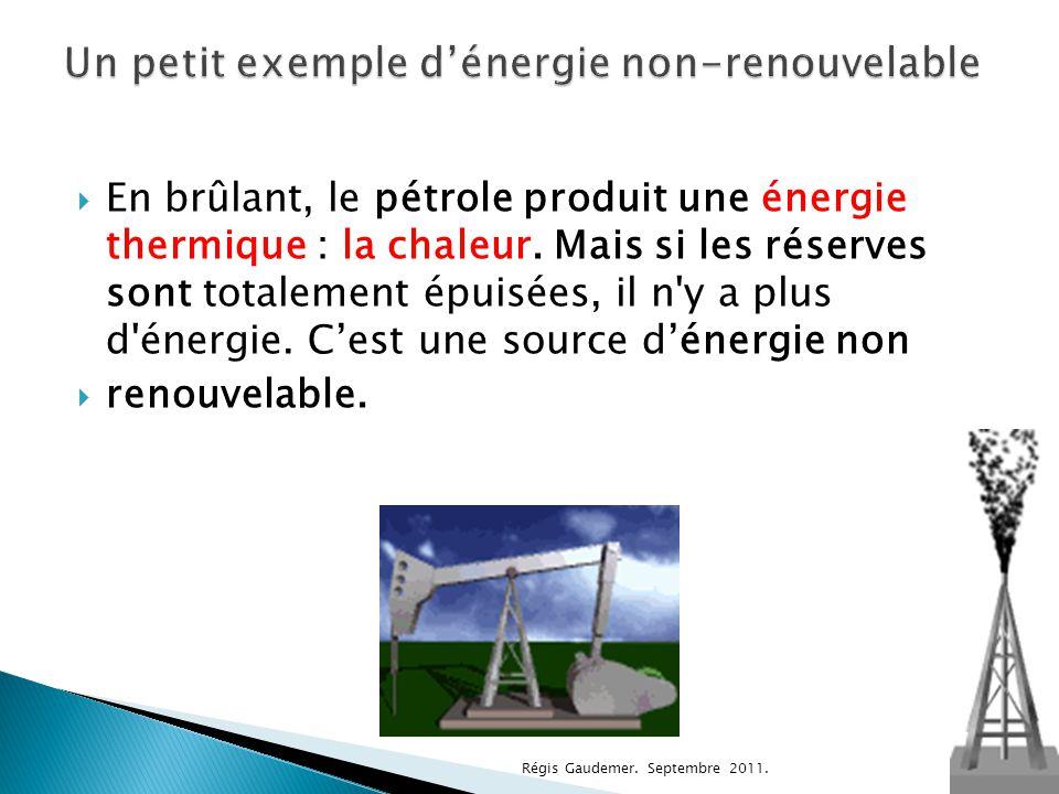 Le soleil nous éclaire, nous réchauffe.(énergie thermique)  Aujourd'hui, on sait utiliser la lumière du soleil pour créer de l'électricité grâce aux panneaux solaires Panneaux solaires Régis Gaudemer.