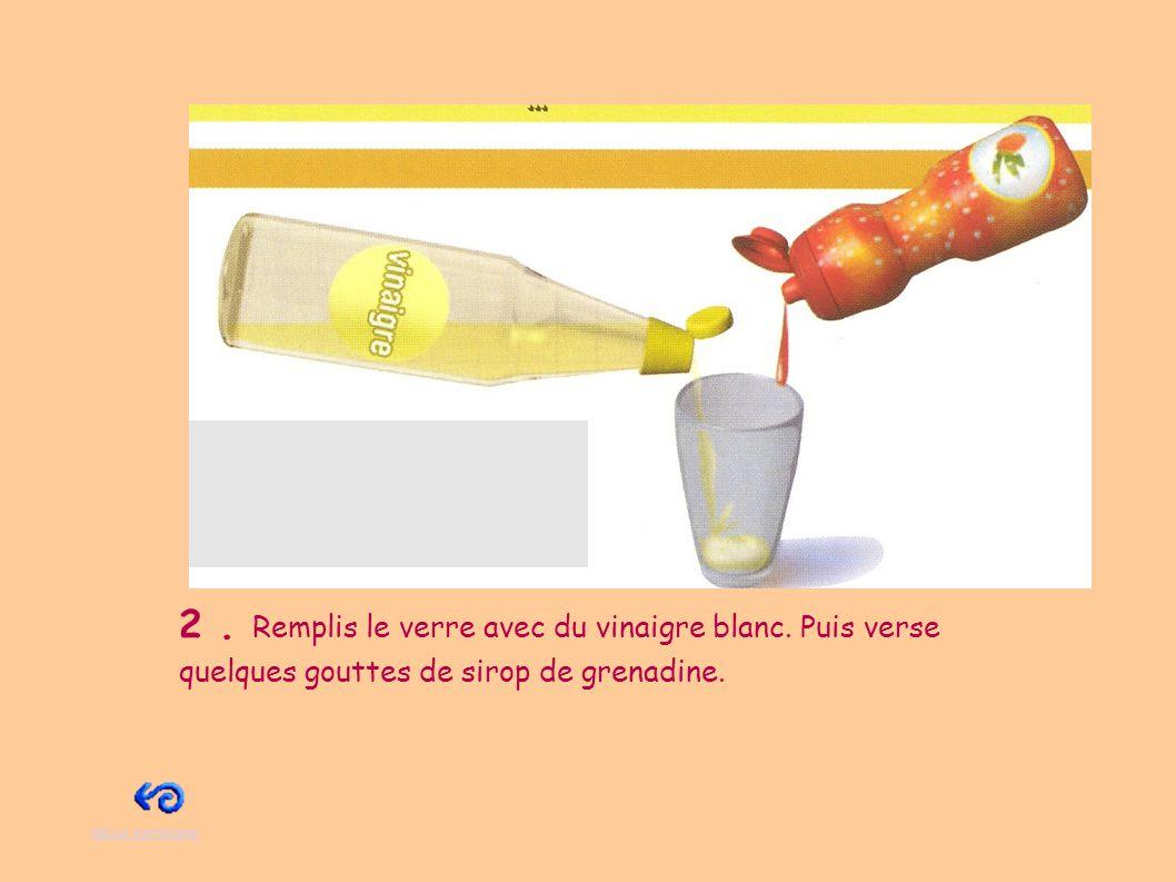 3.A l extérieur de la maison, pose la bouteille sur le sol.