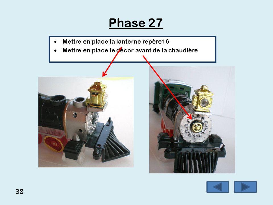 37 Phase 26  Mise en place des roues repère 3  Mise en place du toit du wagon repère 5