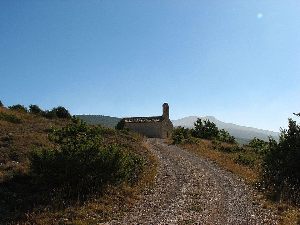 La chapelle de Vergol au col de l'AIGUILLON