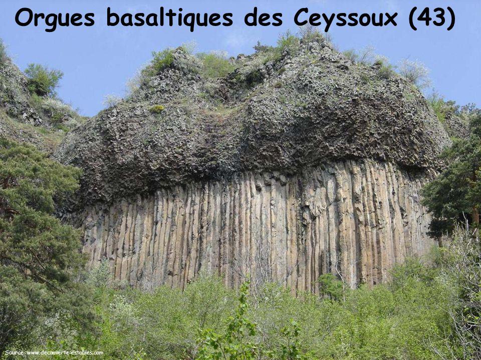 Orgues basaltiques des Ceyssoux (43) Source : www.decouverte-estables.com