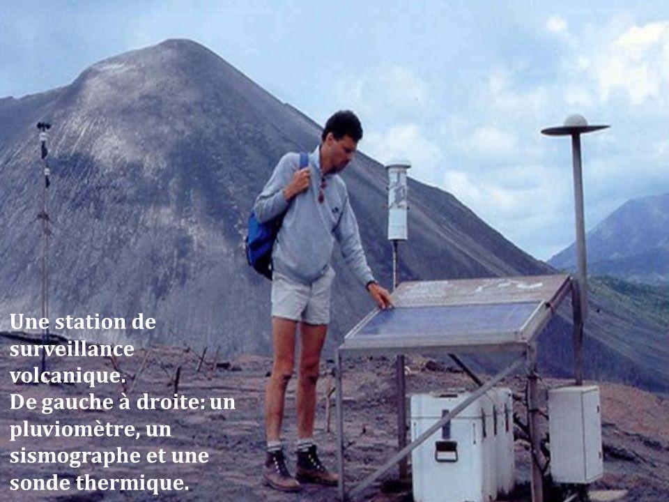 Une station de surveillance volcanique.