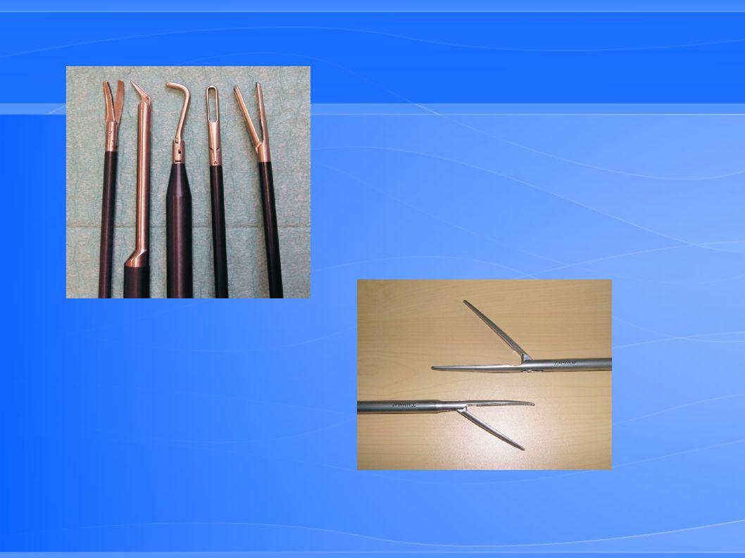 Matériel de conversion Boite de base aorte (instruments longs) Boite de carrefour (clamps) Boite d écarteurs viscéraux
