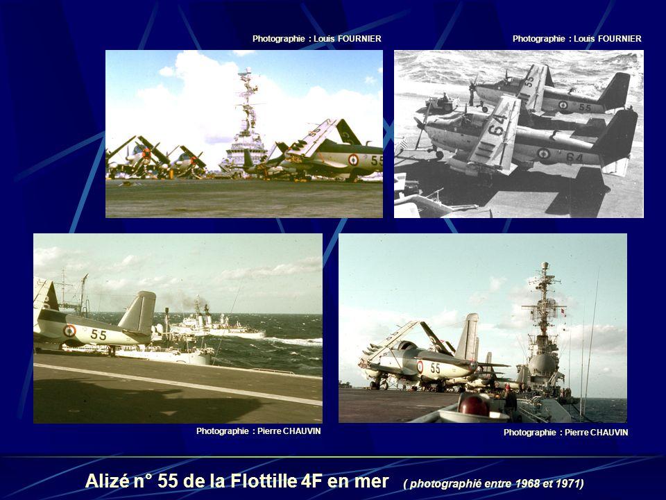 Photographie : Louis FOURNIER Photographie : Pierre CHAUVIN Alizé n° 55 de la Flottille 4F en mer ( photographié entre 1968 et 1971)