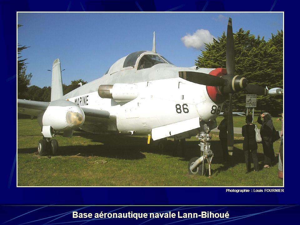 Base aéronautique navale Lann-Bihoué Photographie : Louis FOURNIER